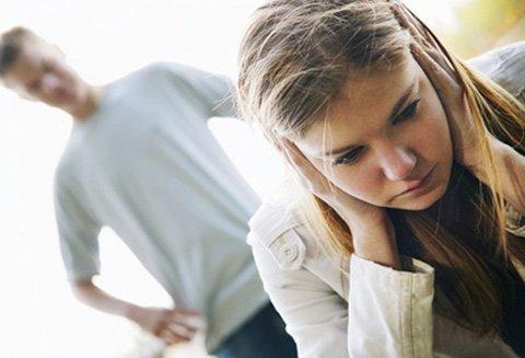 Không còn muốn sống với người chồng hay nói xấu vợ