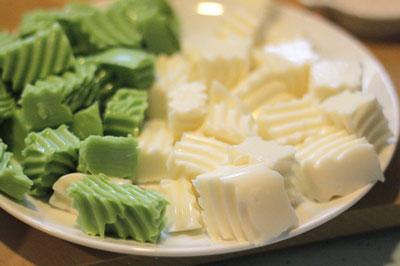 Cách nấu chè khúc bạch ngon mát cho ngày hè